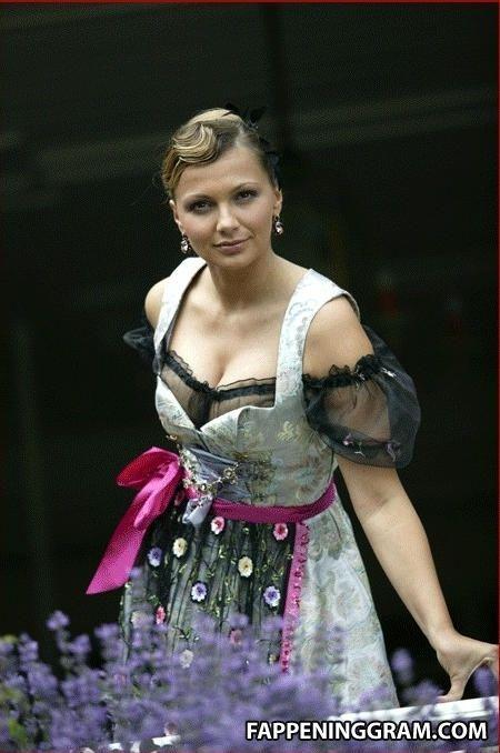 Alida Lauenstein Nude