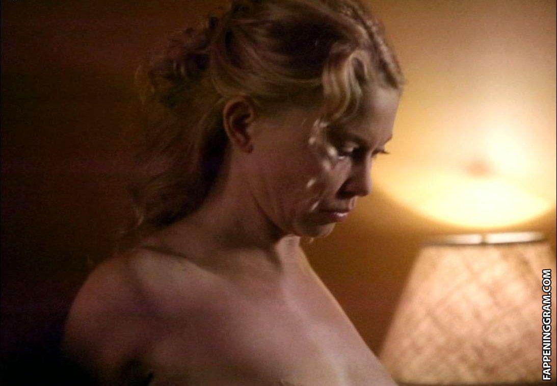 Amanda detmer nude sex pics