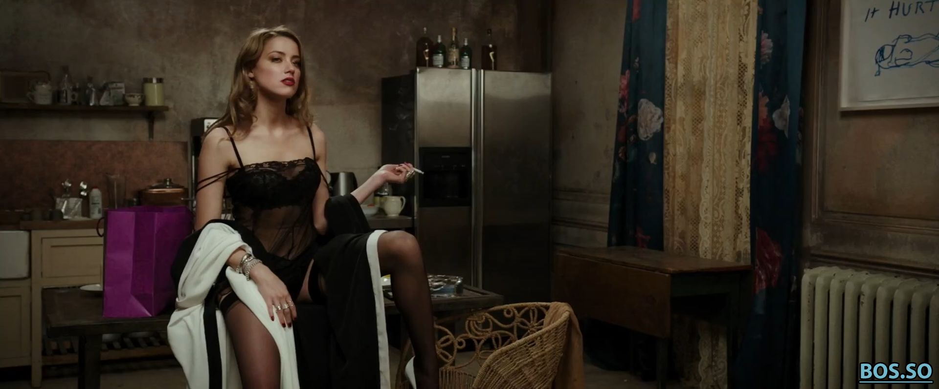 https://cdn.fappeninggram.com/photos/amber-heard/amber-heard-nude184.jpg