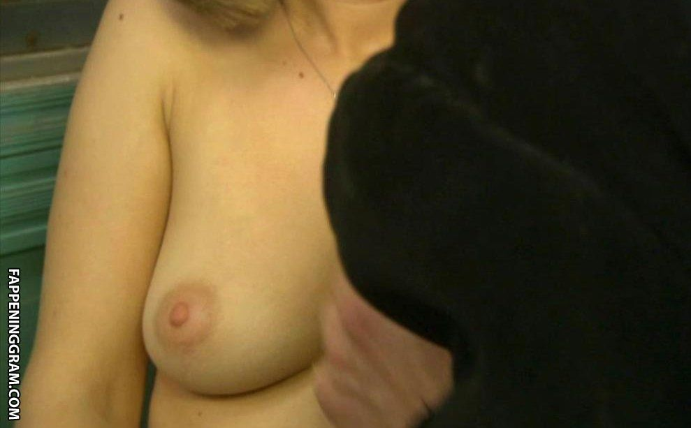 Nackt Amelia Jackson-Gray  /Nude: Celebrities