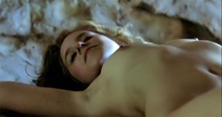 Amelie Kiefer Nude Leaks