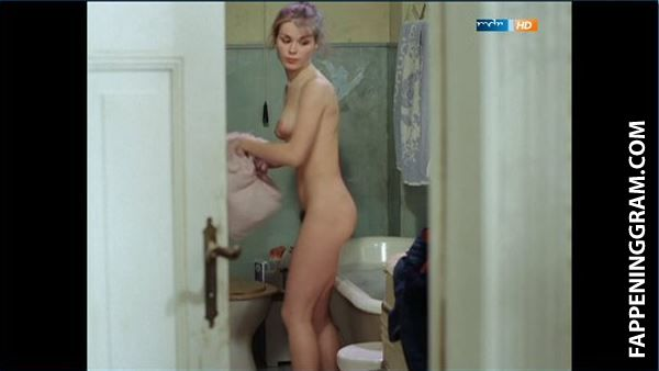 Nackt Deana Enoches  17 Naked