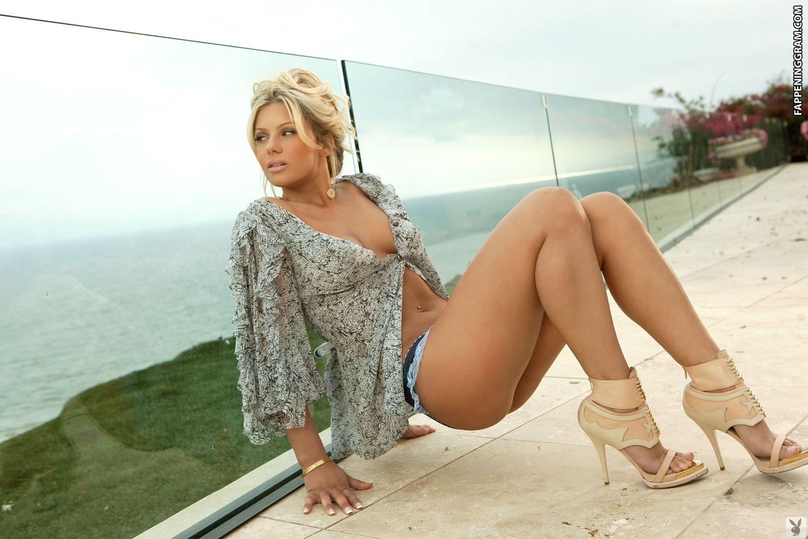Angelina Polska Nude