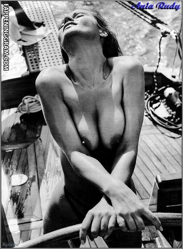 nackt Richert Carole Our Denise
