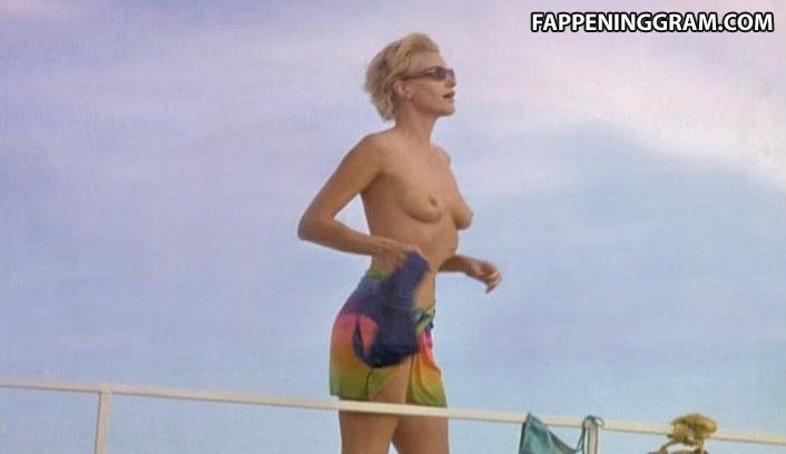 Katerina Tsavalou  nackt