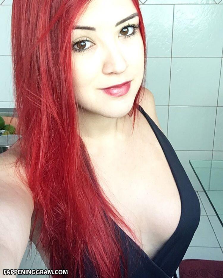 Nackt  Anne Carvalho Anne Carvalho