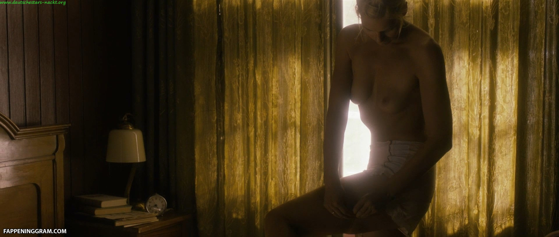 Nackt  Emilee Wilson Emilia Clarke
