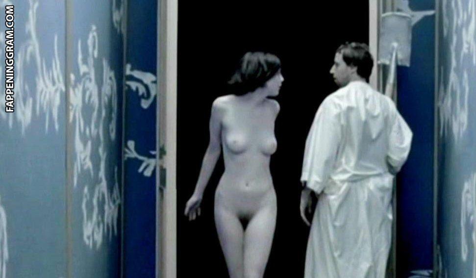Nackt Anne  von Keller Bergdoktor Schauspieler