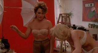Annie Grindlay Nude Leaks