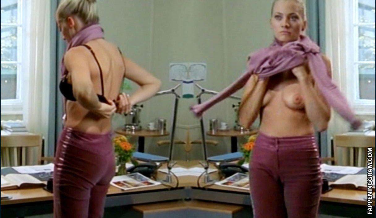 Stefanie von Poser  nackt