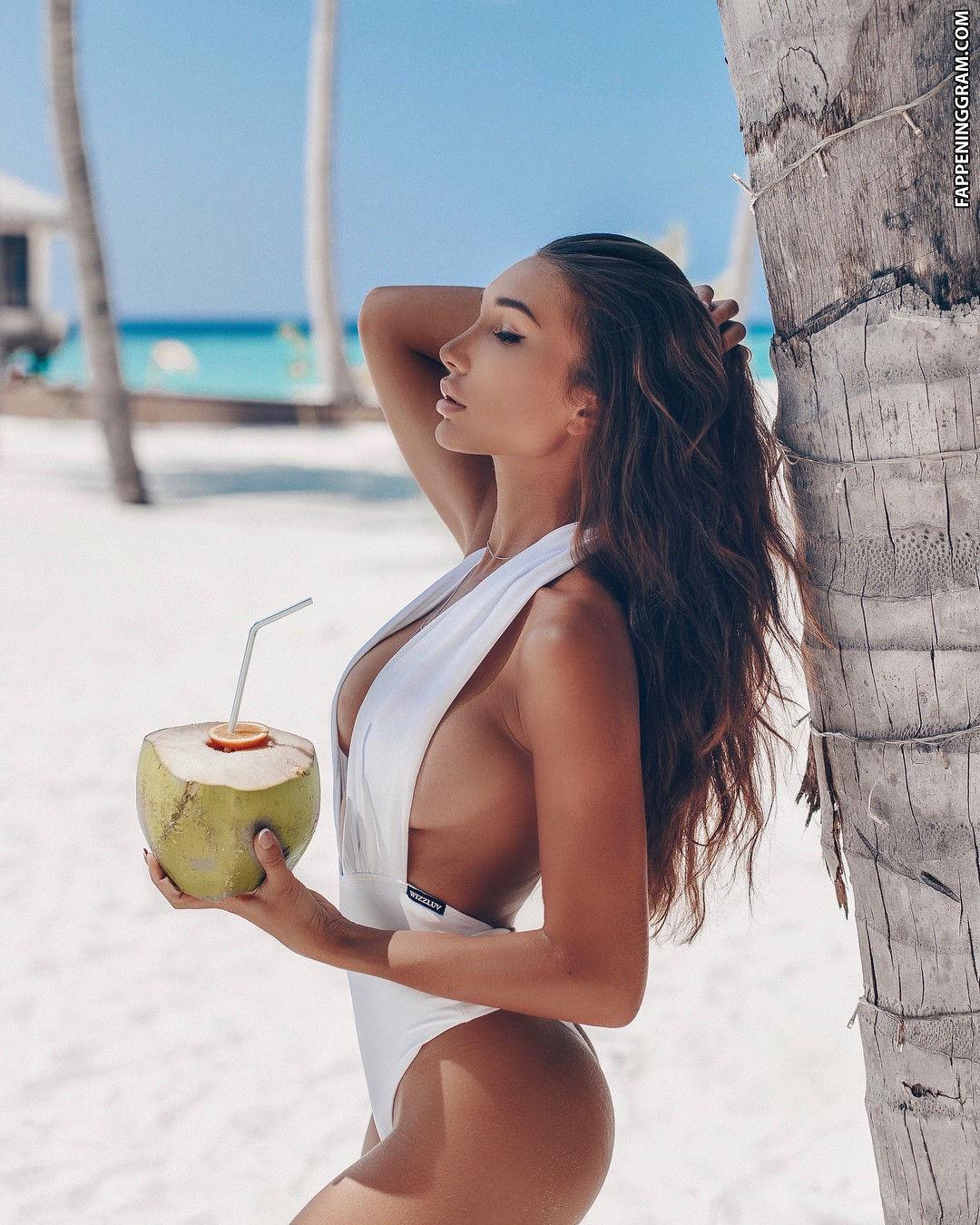 Anyuta rai naked