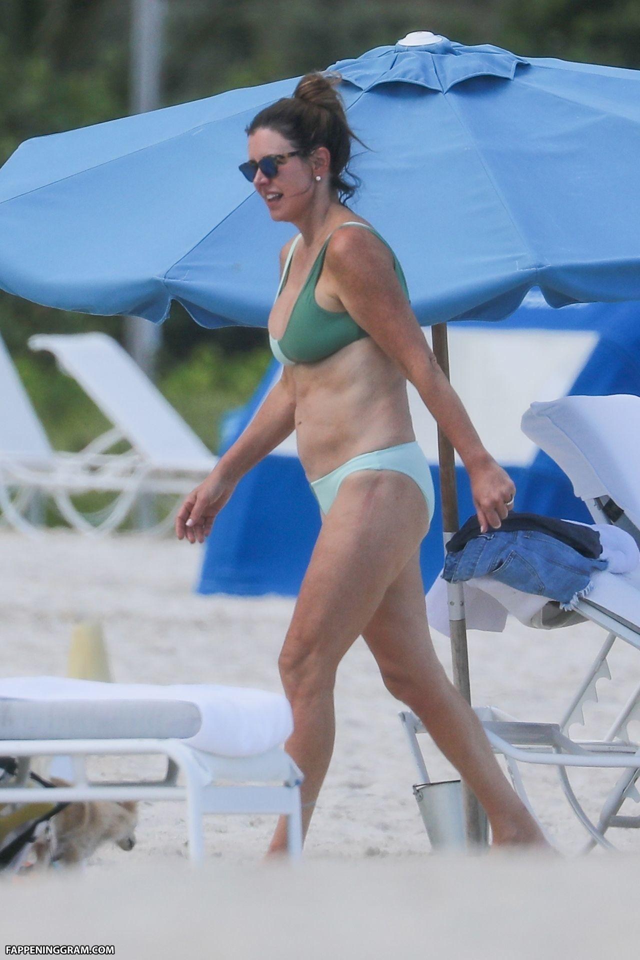Ashley Thompson Nude