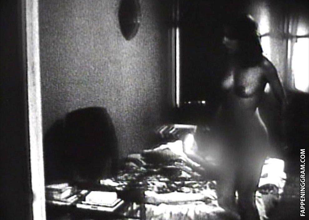 Lafont  nackt Bernadette Vintage nude