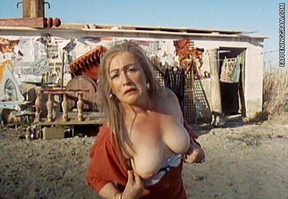 Emilia bernsdorf nude