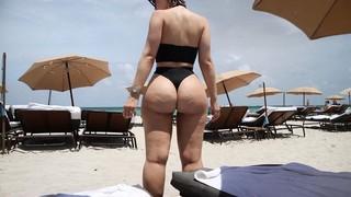 Bianca Elouise Nude Leaks
