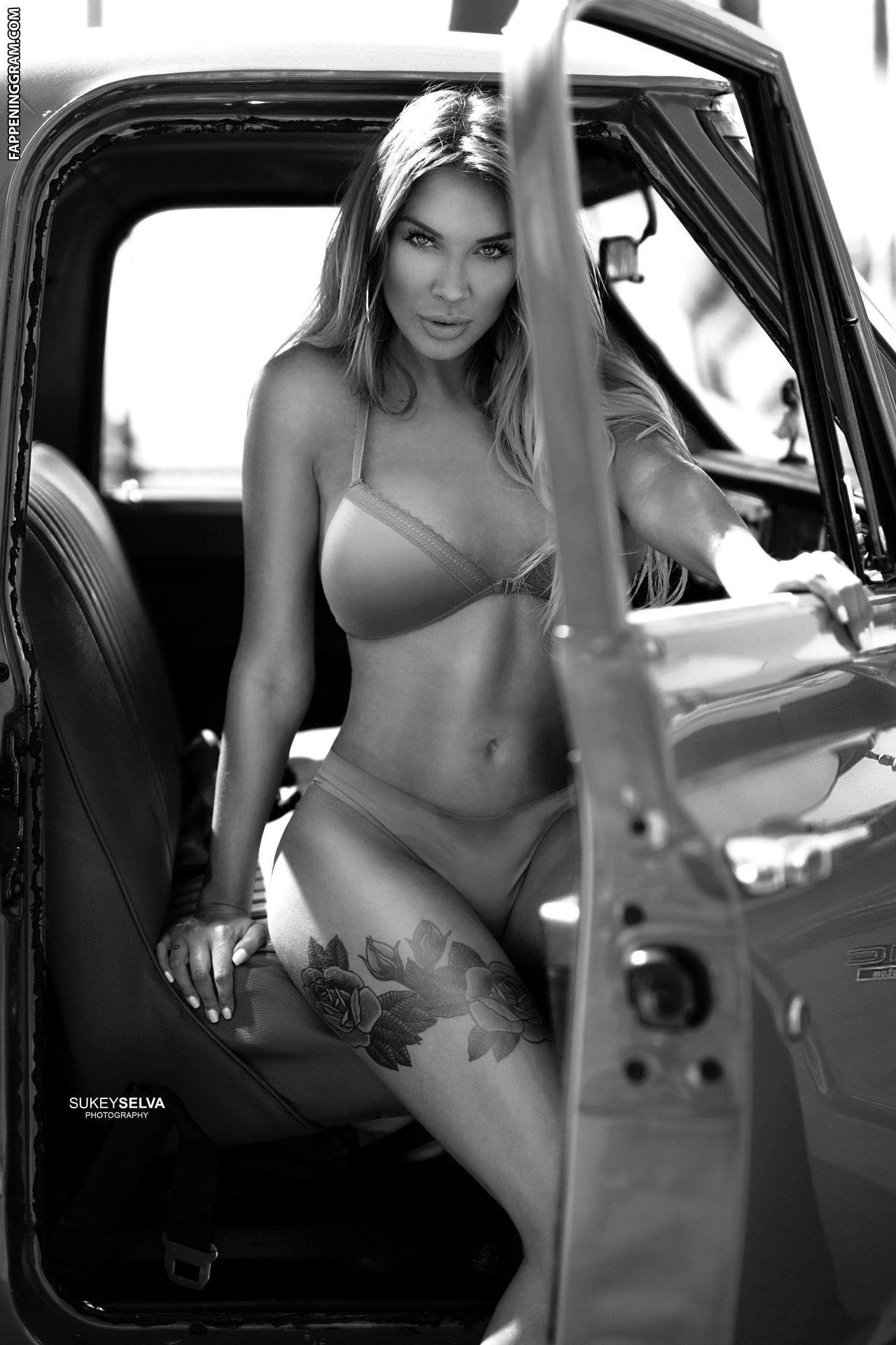 Brooke Lynette Nude