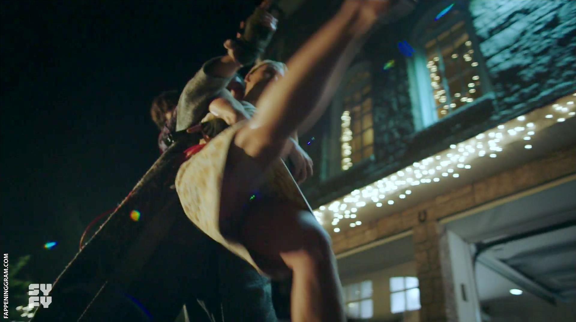 Carly Sullivan Nude