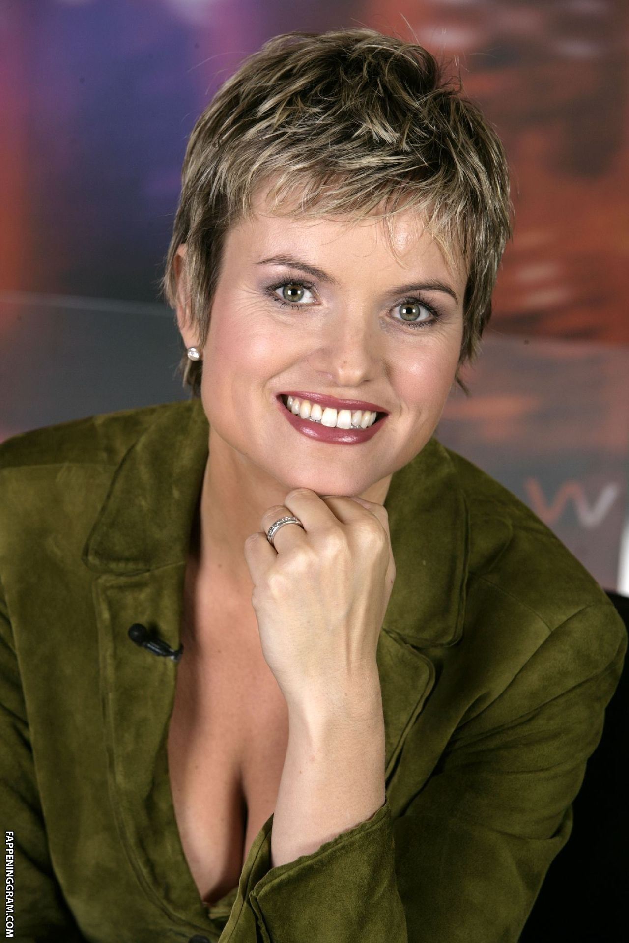 Nicolette Vincelli  nackt