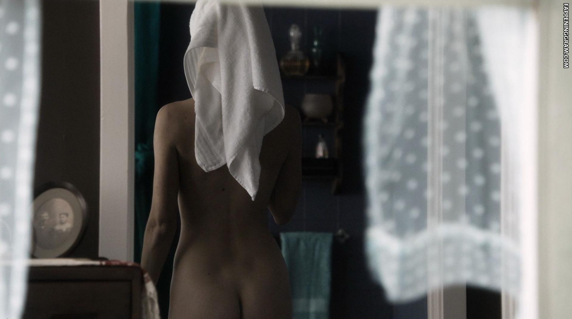 Darya Ekamasova  nackt