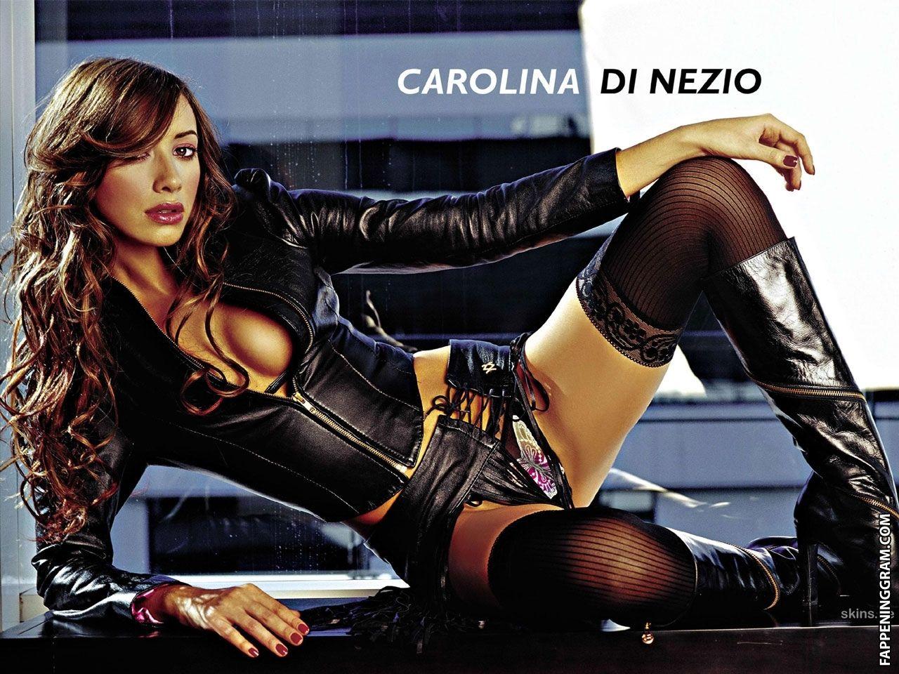 Di Nezio nackt Carolina  Stars nackt,