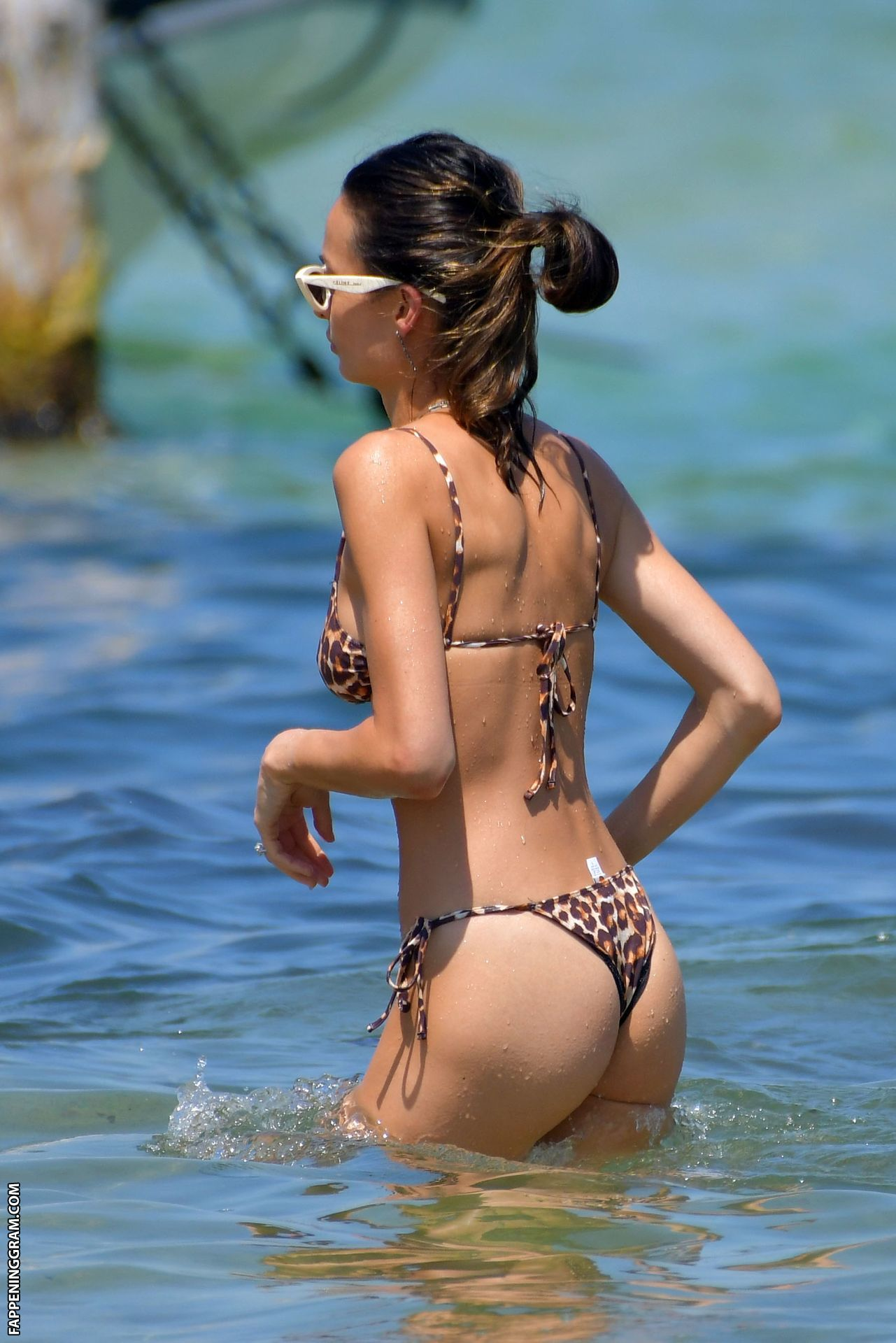 Chloe Bartoli  nackt