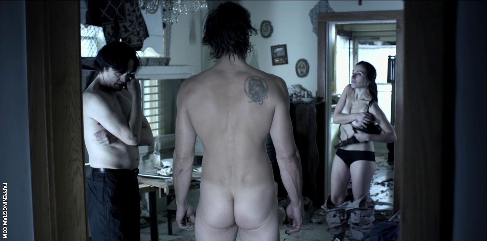 Christina Aceto  nackt