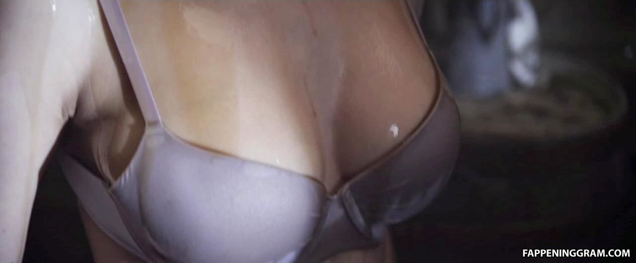 Nackt  Pixie Knot Le Alle Nacktauftritte