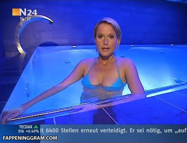 Angela Wheatfall  nackt