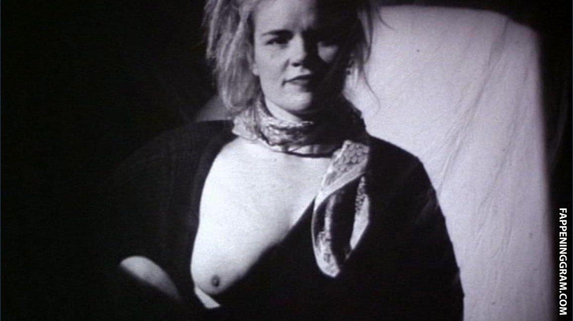 Diane Pedersen  nackt
