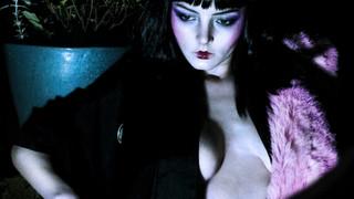 Dakota Blue Richards Nude Leaks