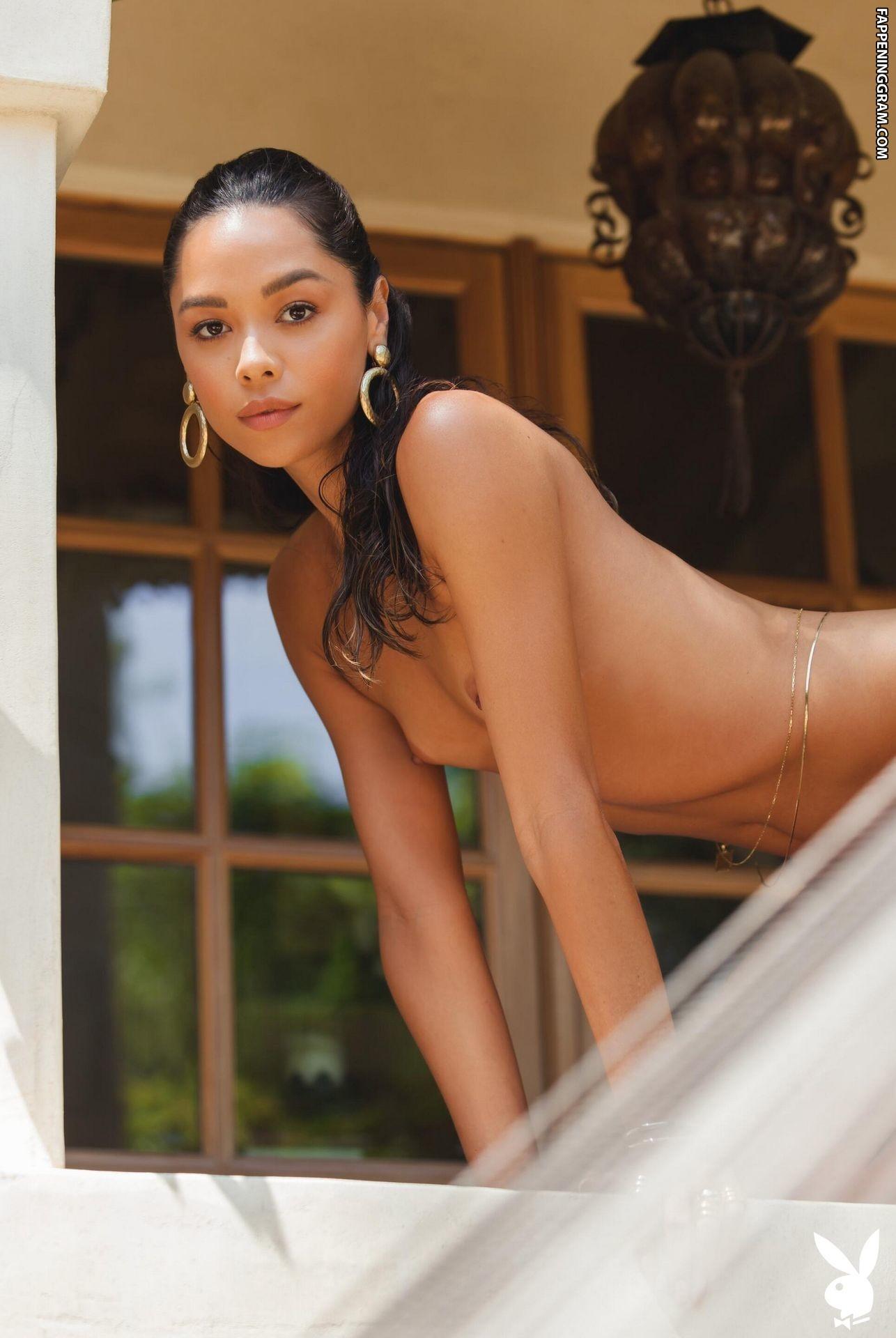 Danielle Alcaraz Nude