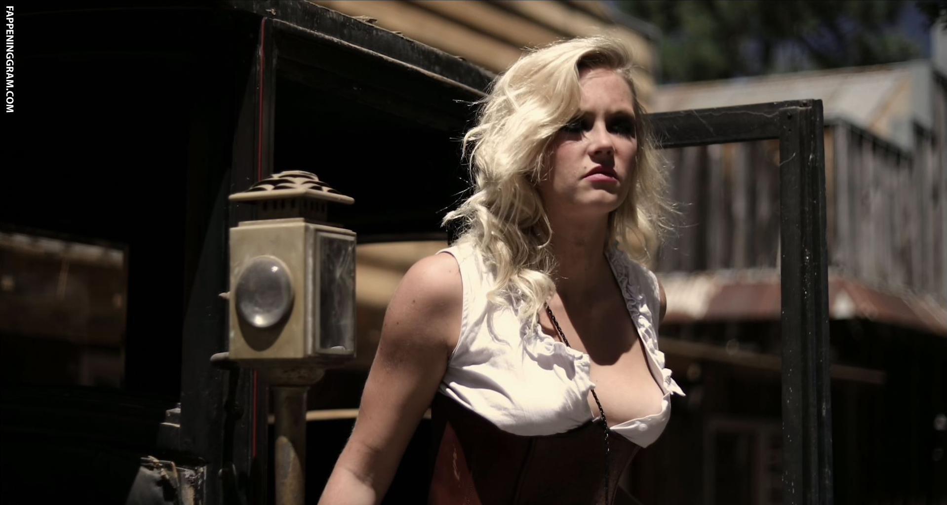 Danielle Driscoll Nude