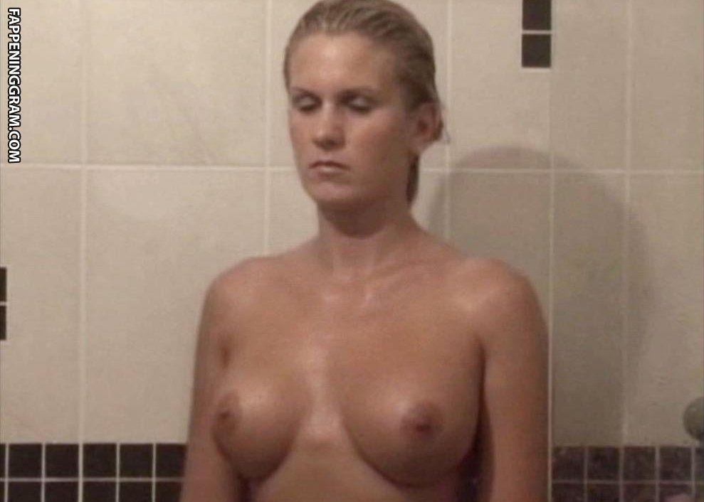 Annika Peterson  nackt