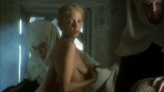 Deborah Fallender Nude Leaks