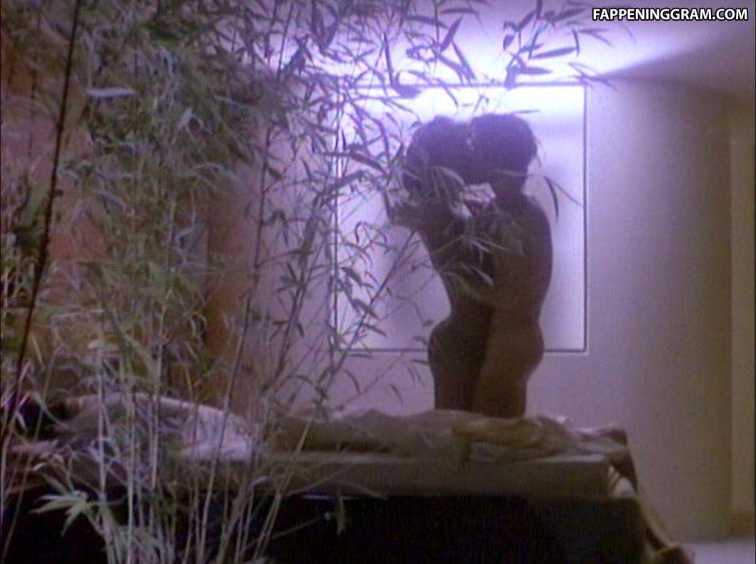 Deborah Lacey Nude