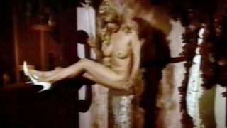 Dyanne Thorne Nude Leaks