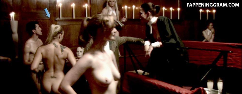 Olivia Marei  nackt