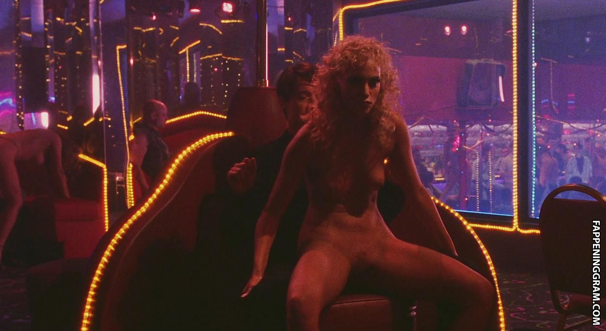 Elizabeth berkley nude pictures