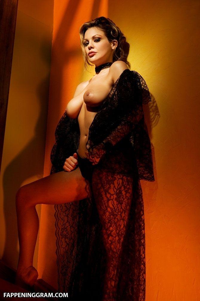 Nackt  Elizabeth Kelly 58 Elizabeth