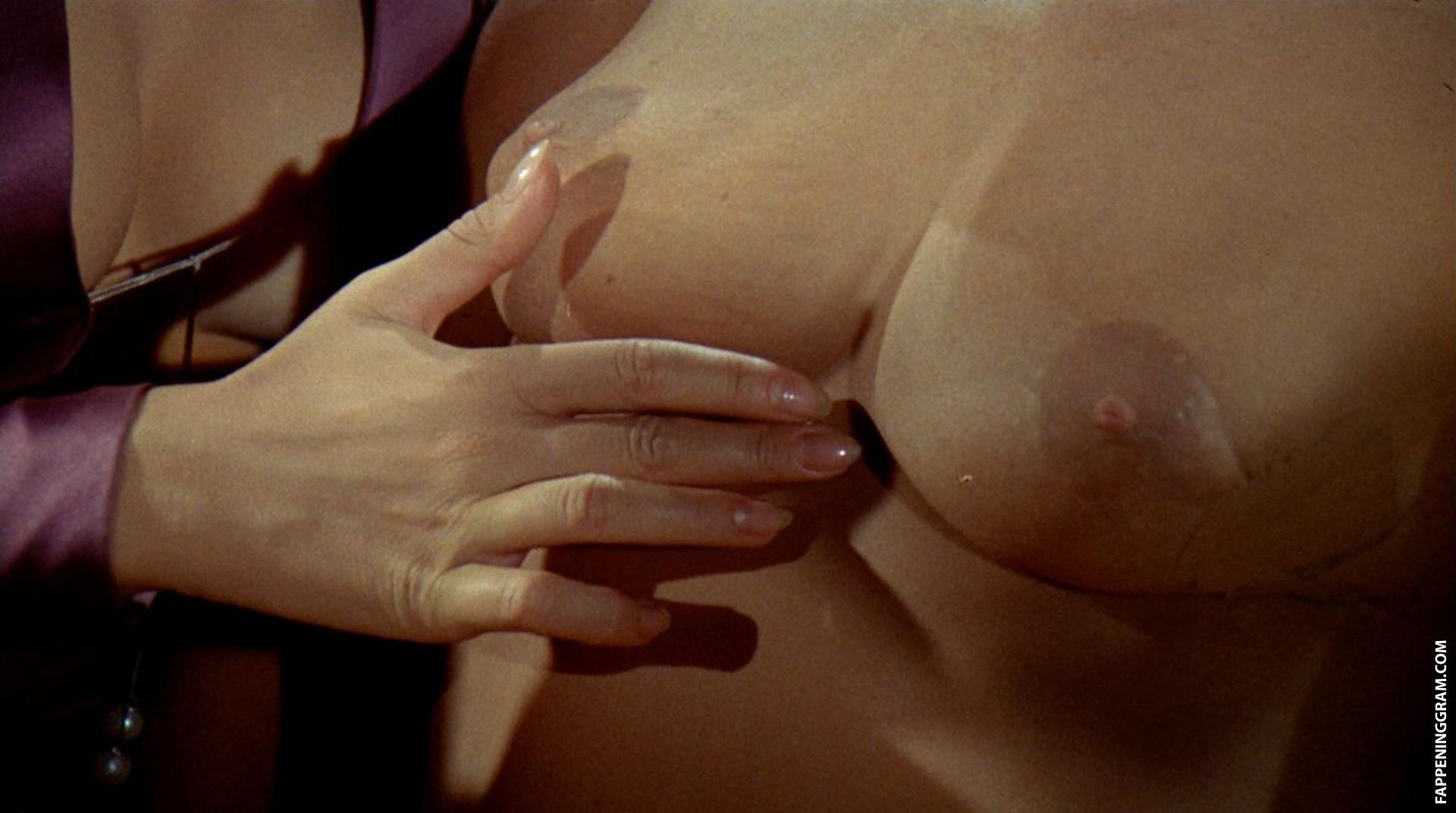 Ingrid Rouif  nackt
