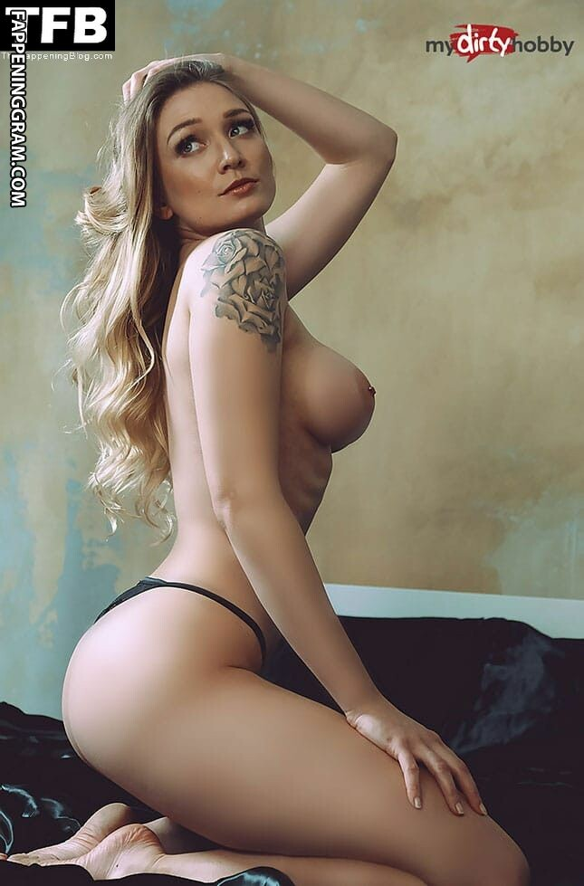 Fiona Fuchs Nude