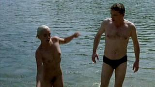 Géraldine Voillat Nude Leaks