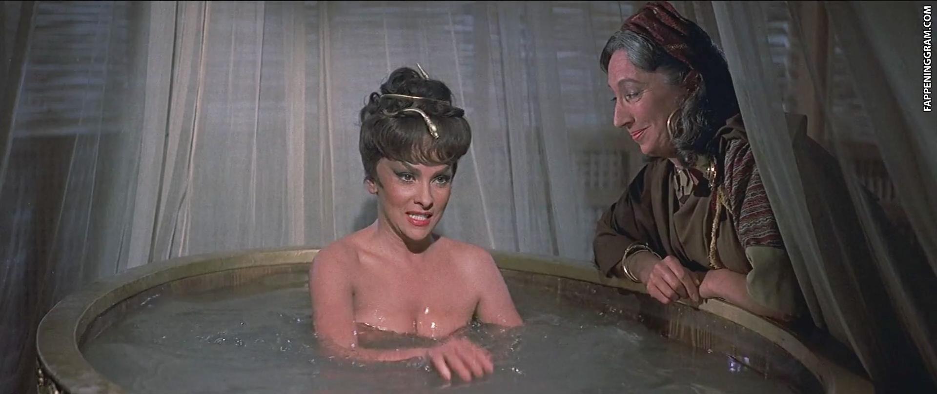 Gina Lollobrigida Nude