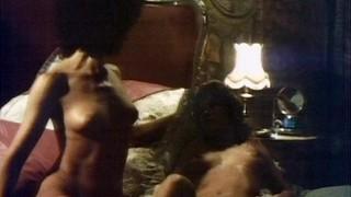 Helen Devon Nude Leaks