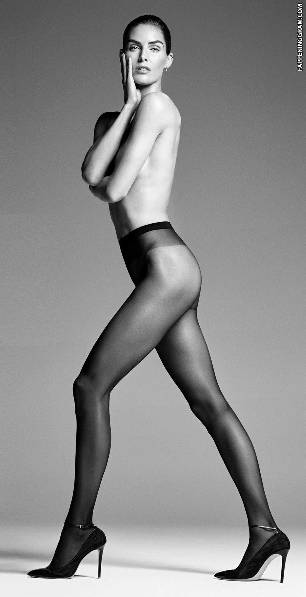 Josephine Marcher Sandig  nackt