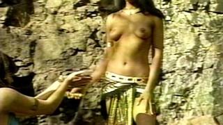 Holly Crossen Nude Leaks