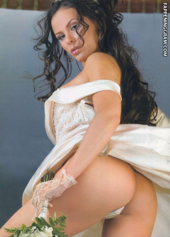 Isabell Hanisch  nackt