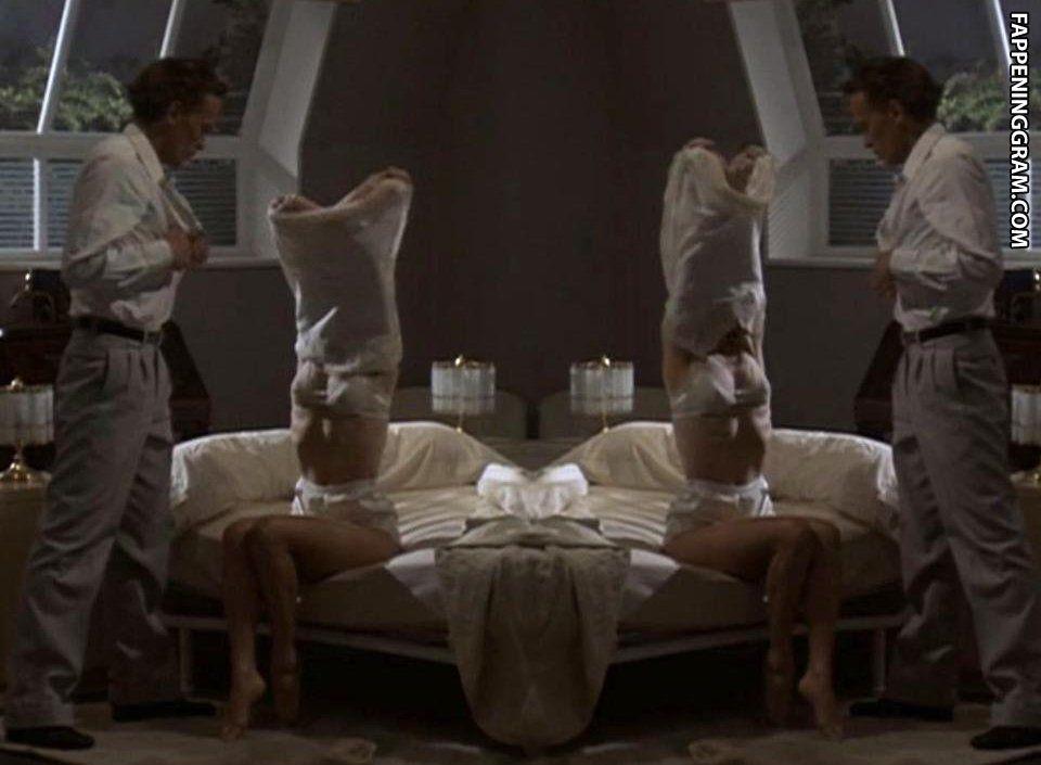 Jane Seymour Nude Photos Sex Scene Pics
