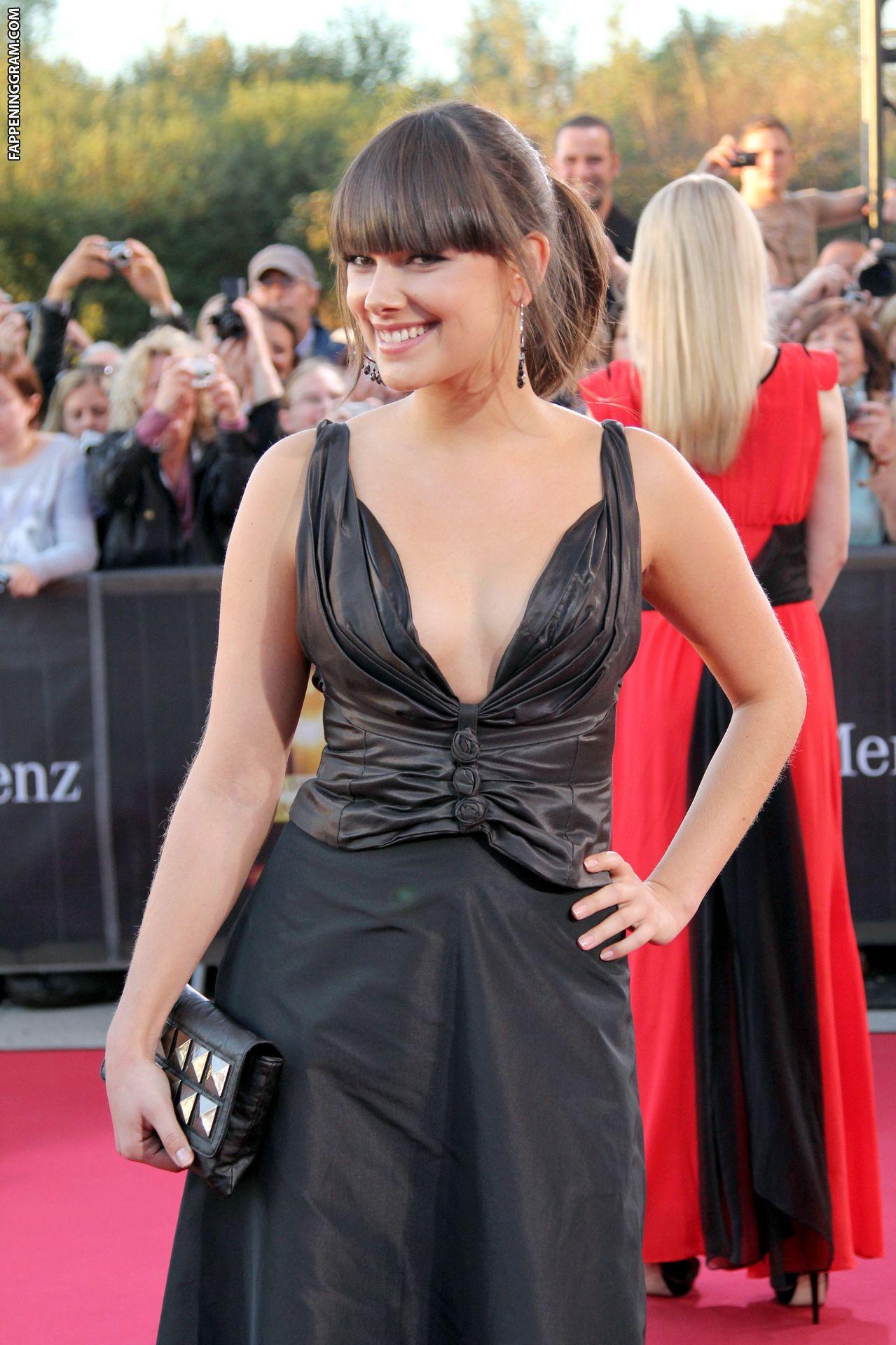 Janina Uhse Nude The Fappening - FappeningGram