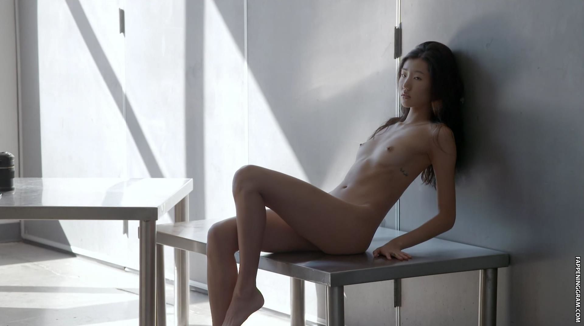 Laredo  nackt Elizabeth elizabeth nacktbilder